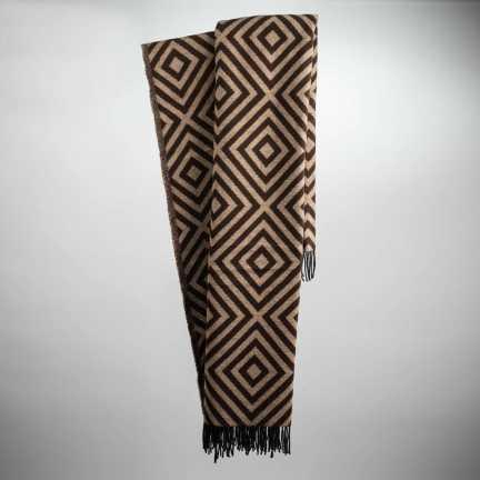 Art. Lennon Wool-Blend Blanket with fringes