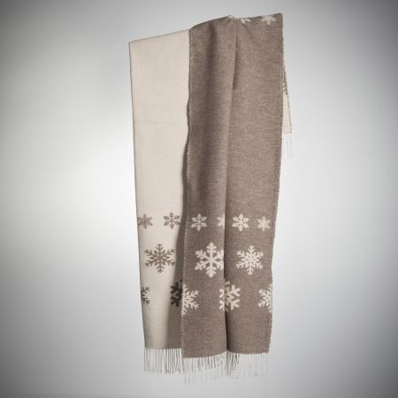 Art. Snowing Wool-Blend Blanket with fringes