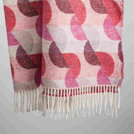 Coperta art. Waves misto lana con frange