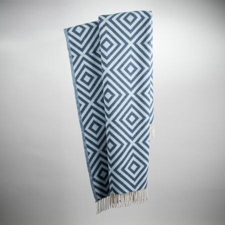 Art. Lennon Wool-Blend Blanket with fringes