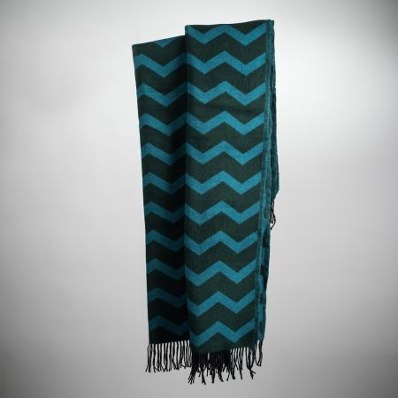 Art. Agnes Wool-Blend Blanket with fringes