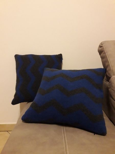 Wool Blend Facing Cushion